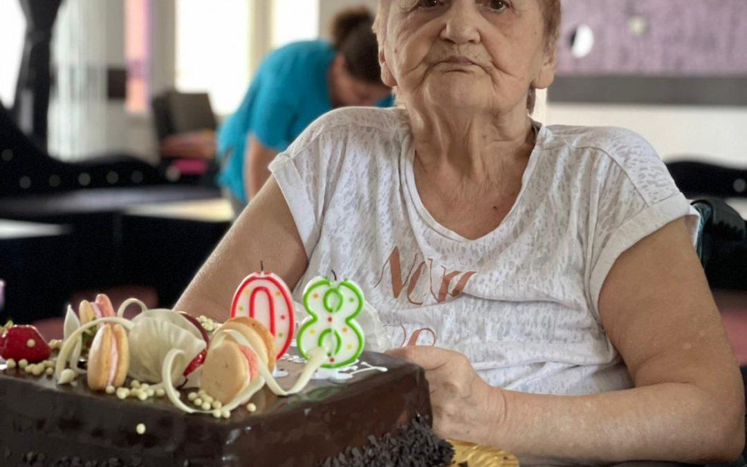 La Multi Ani LEO!!! 80 ani frumosi!!!